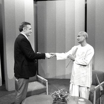 Entrevista com  Dr. James Carse – 'O Caminho a Seguir' (1984)