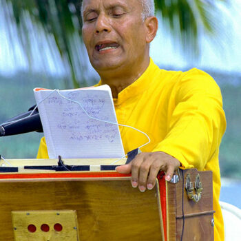 Indian devotional songs in Bengali / Bangla and Sanskrit