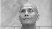 Sri Chinmoy reads from 'My Lord's Secrets Revealed'